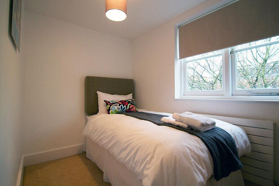 Gower Street Three Bedroom Apartment 4