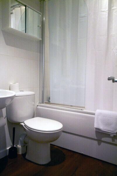 Gower Street Three Bedroom Apartment 10