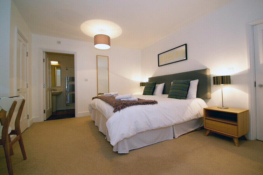 Gower Street Two Bedroom Apartment 2